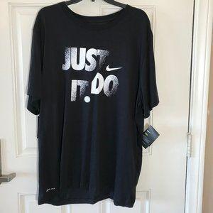 NWT NIKE Dri-Fit T-Shirt Black